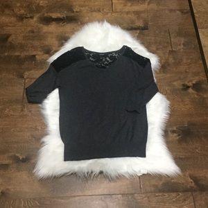 Torrid size 1 (1x 16/18) med sleeve sweater